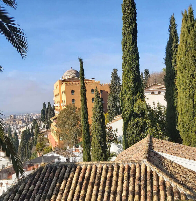 A stunning view to Granada's historical buildings