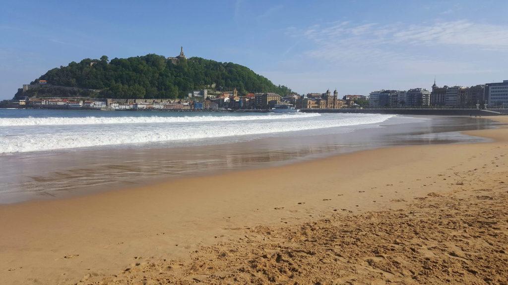 San Sebastian solo travel photos: La Concha Beach
