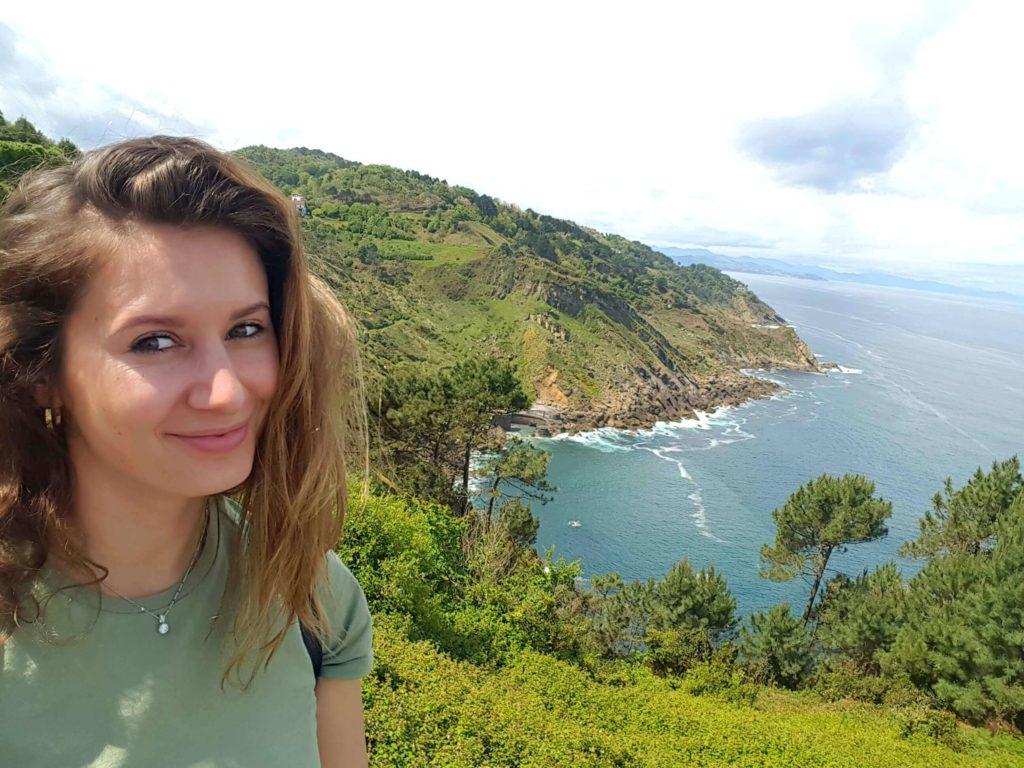 Mount Igueldo view & selfie We Solo Travel