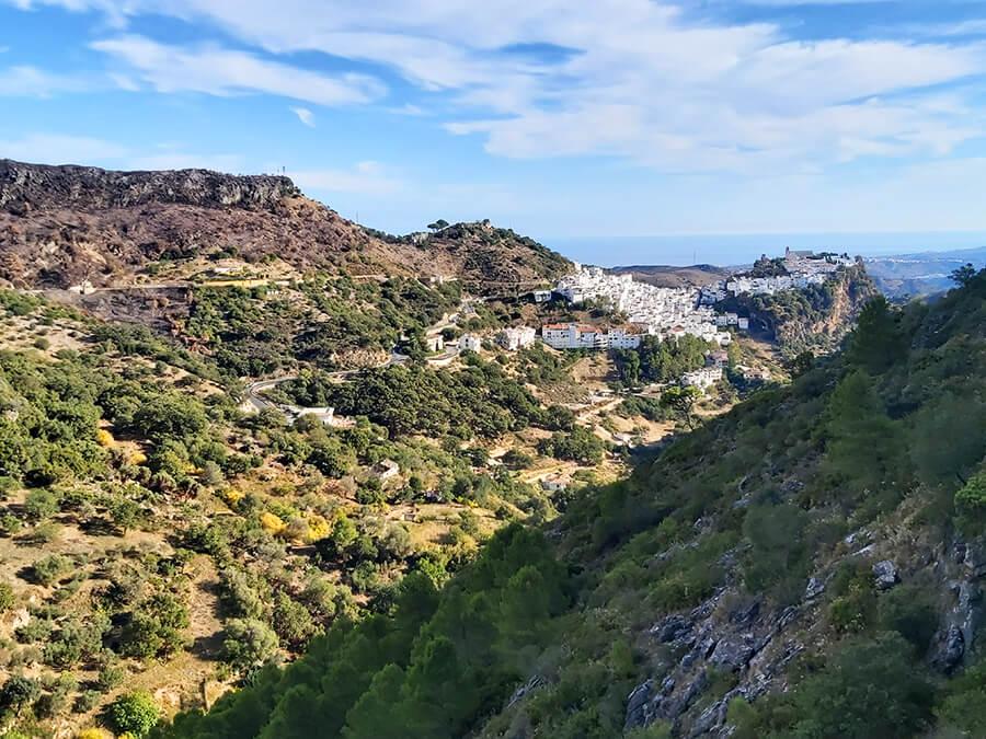 Pueblo Blanco Casares, taken from Sierra Crestellina