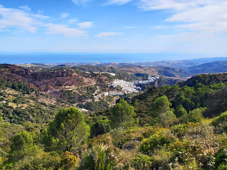 Sierra Crestellina - a view to Casares, Spain